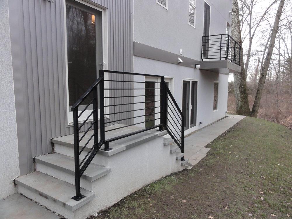 Modern exterior guardrail