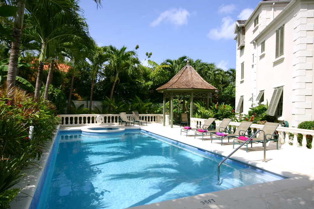 Swimming_Pool_Villa_Barbados.JPG
