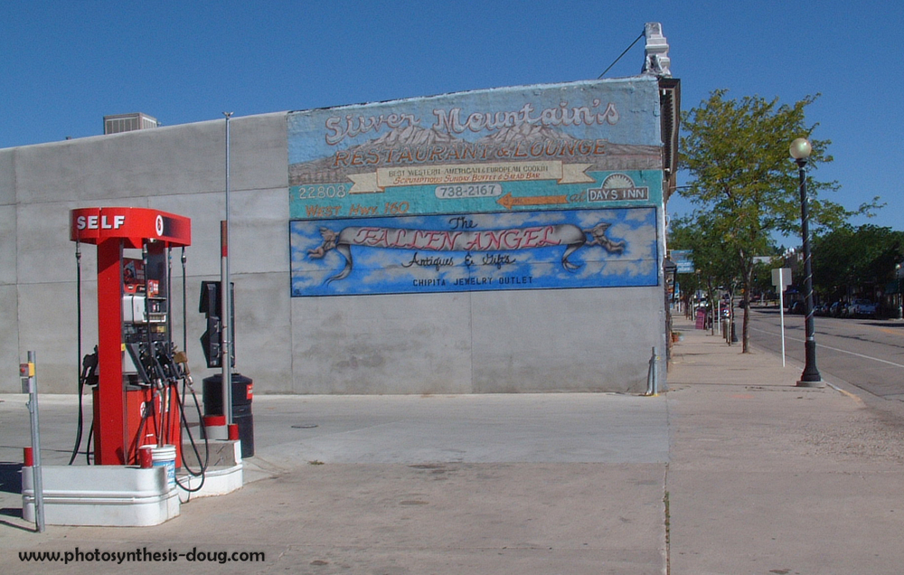 gas station-0643.jpg