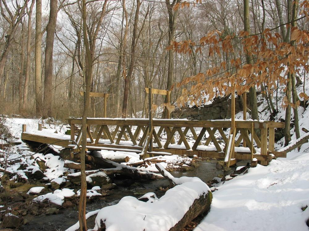 Bridge Snow_20050226_015.JPG