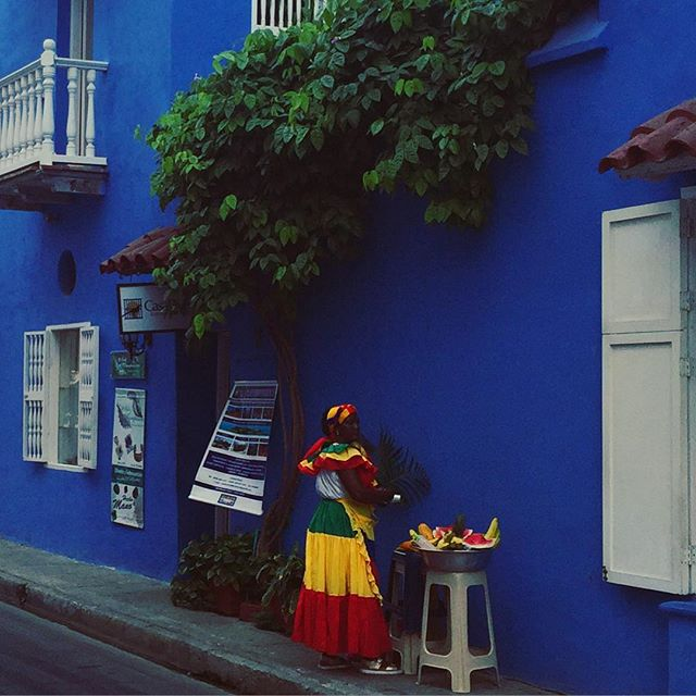 Getting schooled in colour theory in  Cartagena