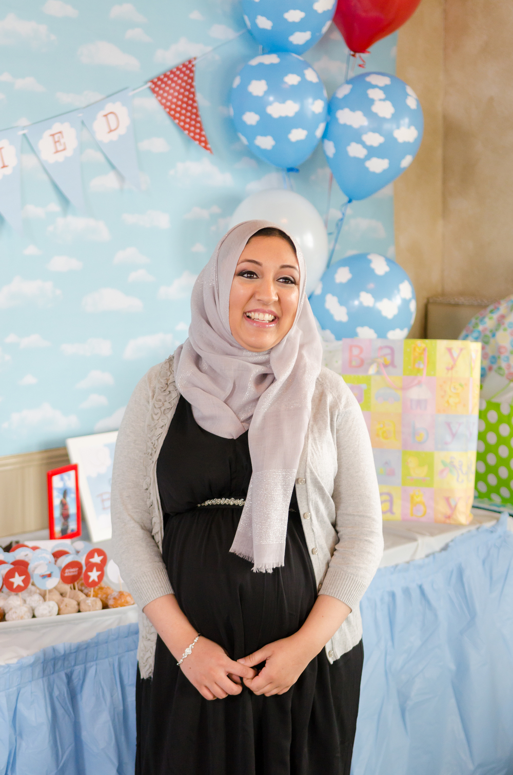 surprisebabyshower2.jpg