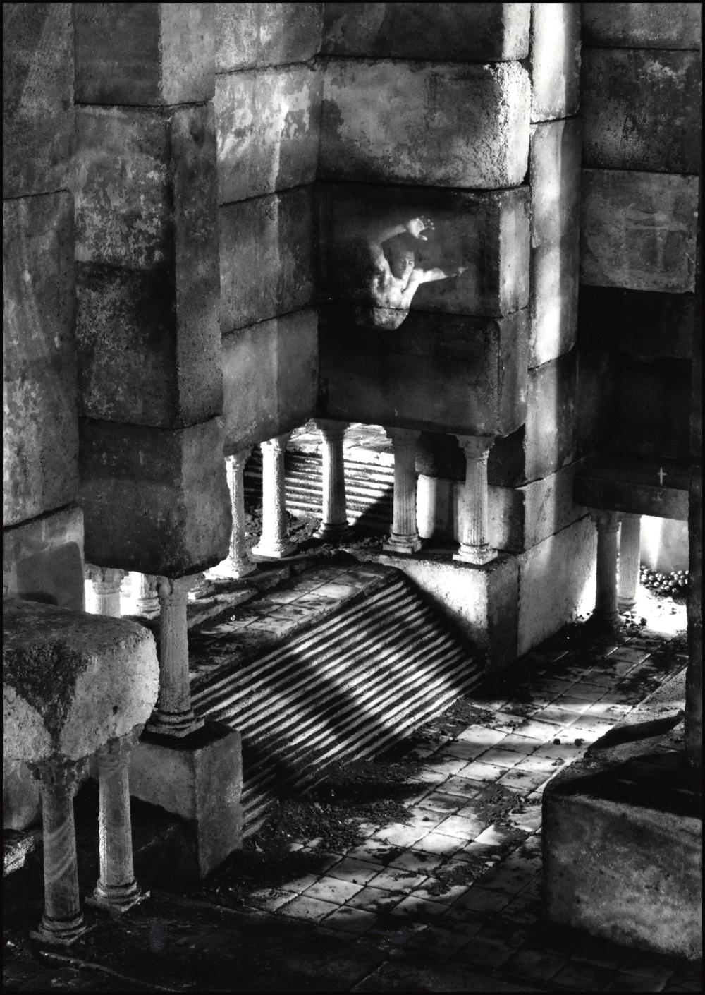 ruins 3.jpg
