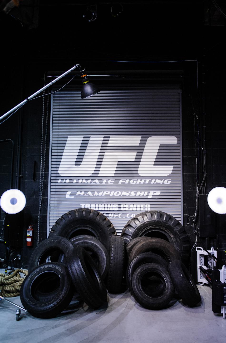 UFC1112 iPad GSP BTS jl