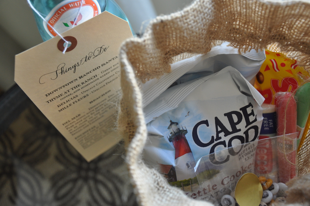 Goodie bags with local beaches + eateries.