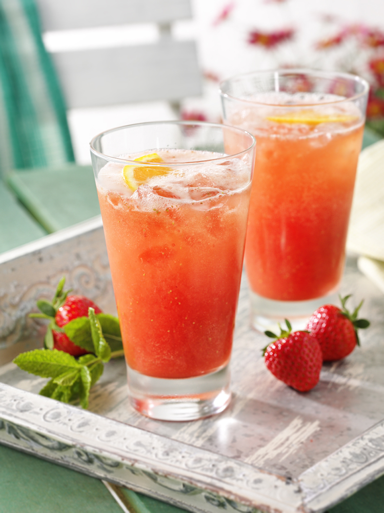 orange-and-strawberry-drinks.jpg