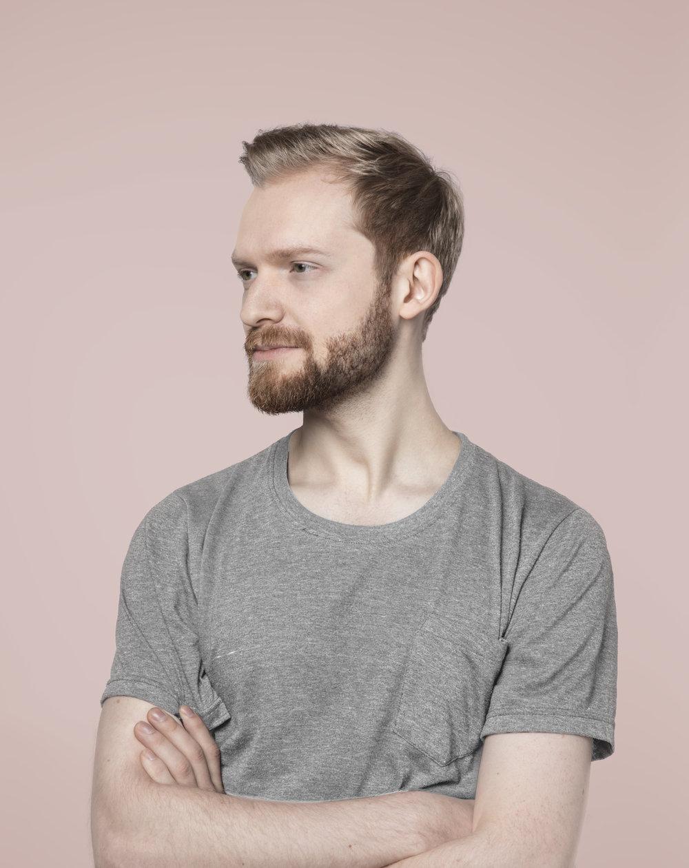 Olle Lindberg  Retoucher and 3D Artist olle@mfx.se