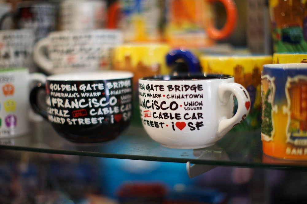 Coffee mugs in Chinatown shop