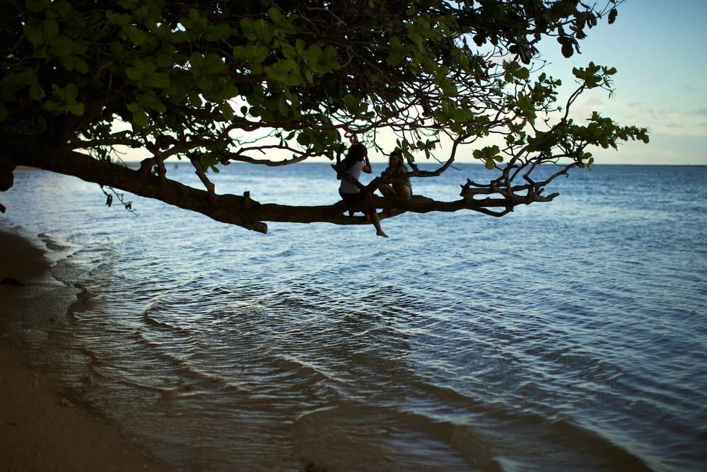 Local kids at play @ Anini Beach