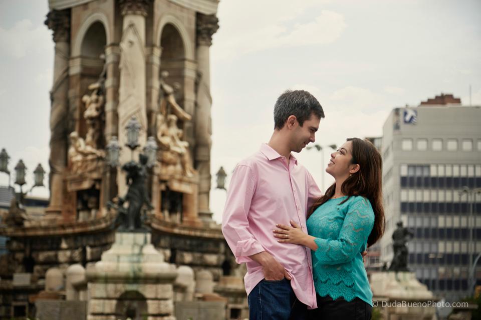 Mirela e Alberto en Plaça Espanya