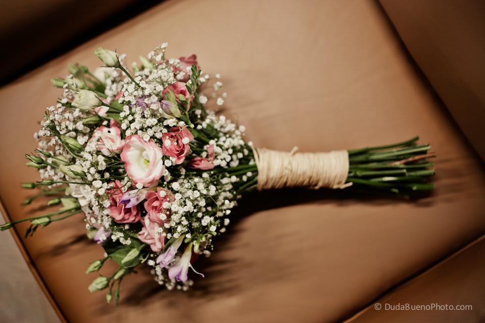 Ramo de flores antes de la boda