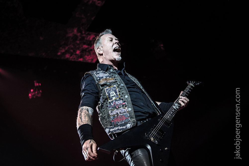 09-02-17_EB Metallica_0447.jpg