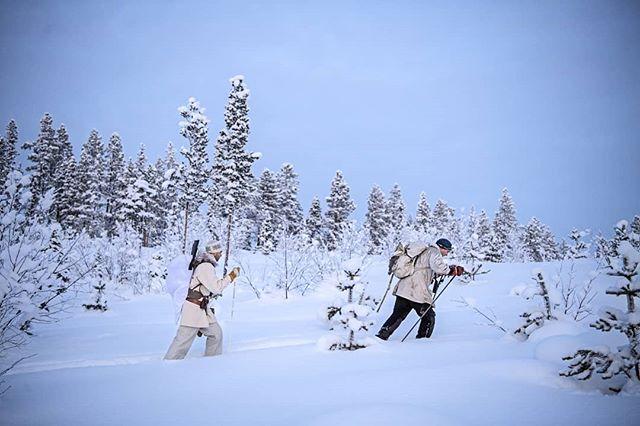 Trying to find #capercaillie in #swedishlapland in the #wintertime is not always easy 😀 our guide Petter and @simonstaffeldtschou #skiing through the vast #wilderness. It is #cold, but worth it 😀  #reportage for @jagtvildtogvaaben  Trip arranged by @nordguide.se  #skogsfugljakt #hunting #itsinmynature #hunt #jaktbilder #jakt #snow #sverige #lapland #friluftsliv #wildernessculture #nature #photojournalism #lifeinswedishlapland #vildmarken #coldadventures #nikon #nikond5 #d5