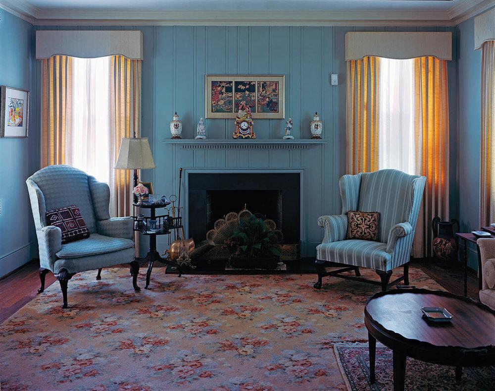 114.sittingroom.jpg