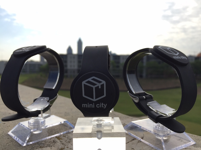 Mini city wearables