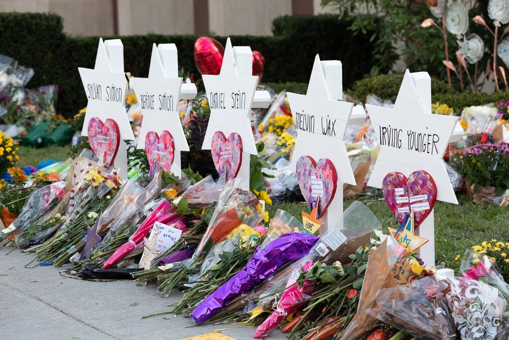 A memorial outside the Tree of Life Congregation Synagogue in Pittsburgh. Photo: Andrea Hanks