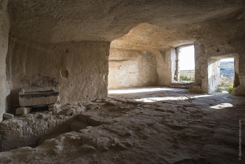 Un antico sasso abbandonato