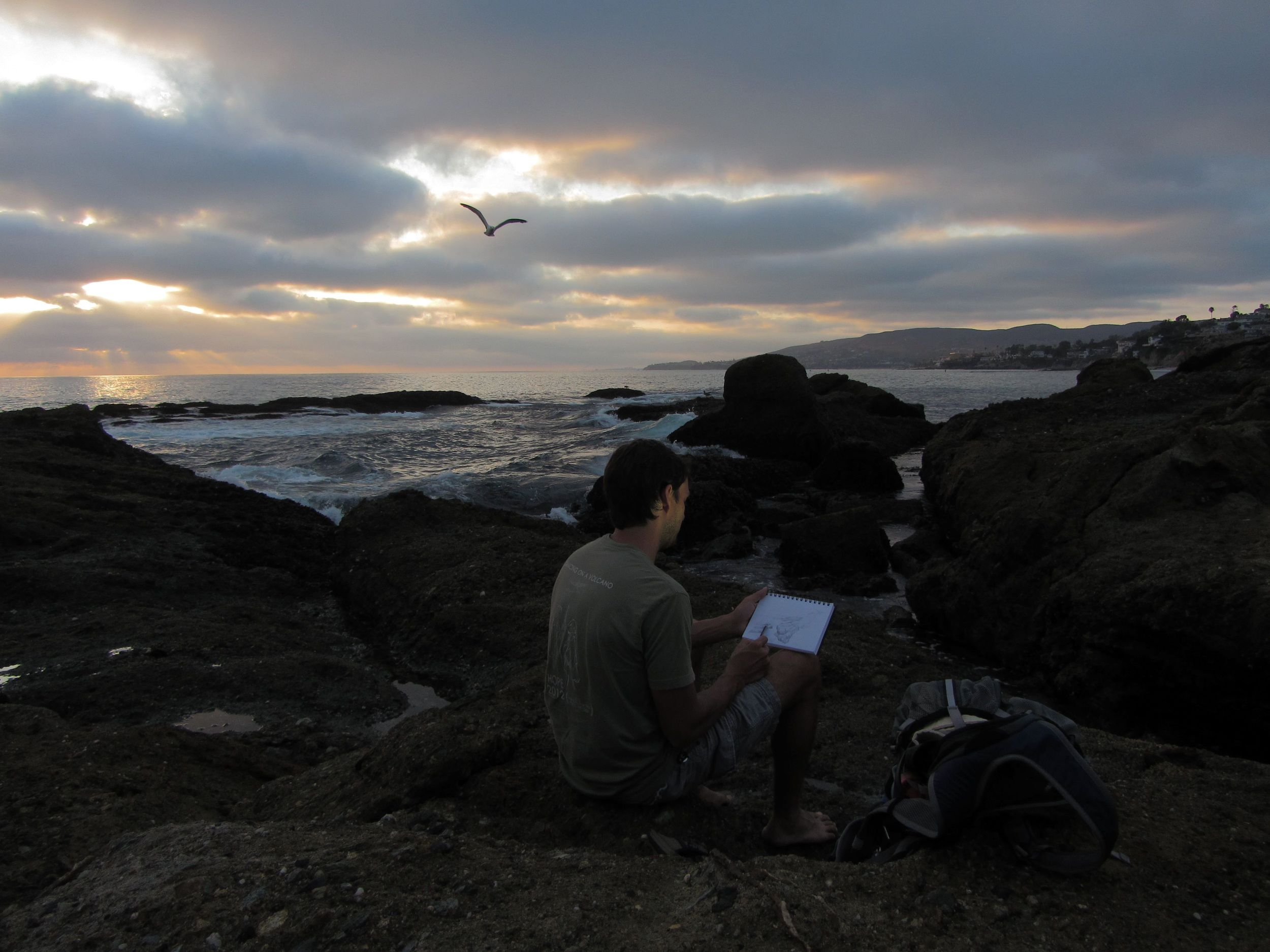 Abraxas sketching Laguna, photo by Kira, Savana, Joss and Diana Hudson!