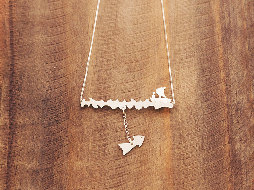 escapism fish boat man movable necklace
