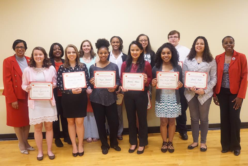 2016 Scholarship Recipients with Williamsburg Alumnae Chapter Members