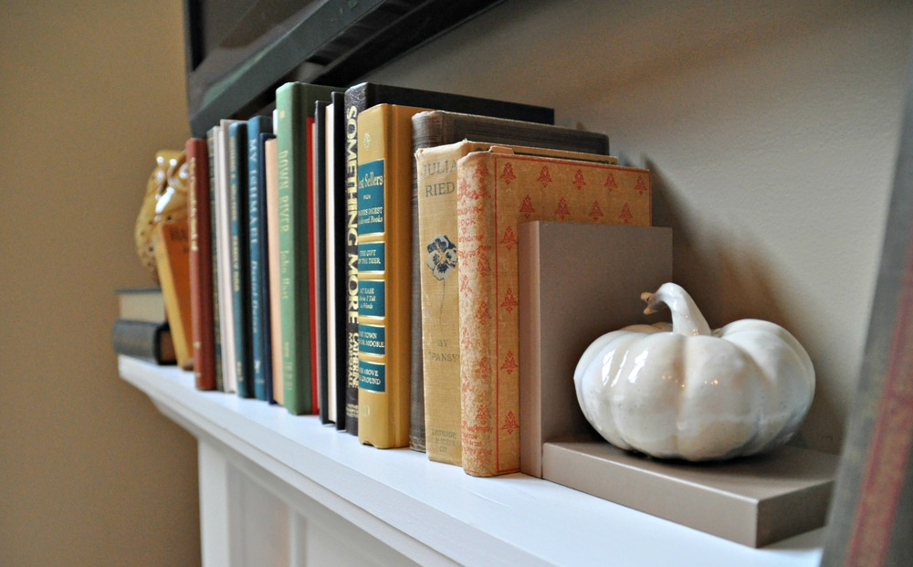 DIY Pumpkin Bookend side.jpg