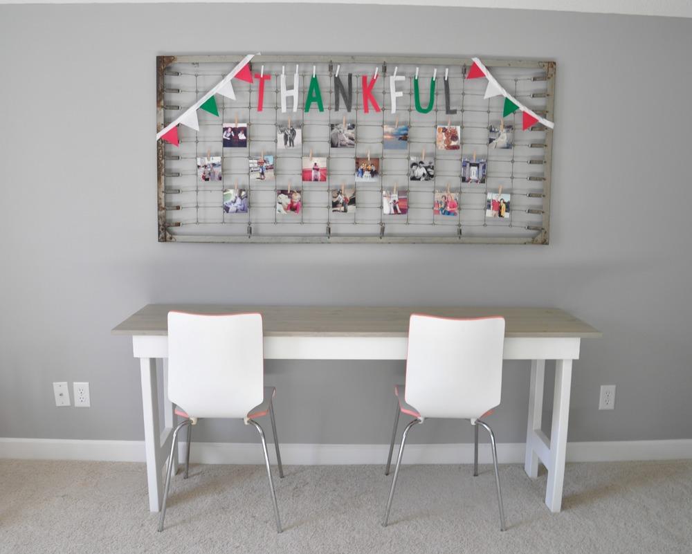 Thankful word banner.jpg