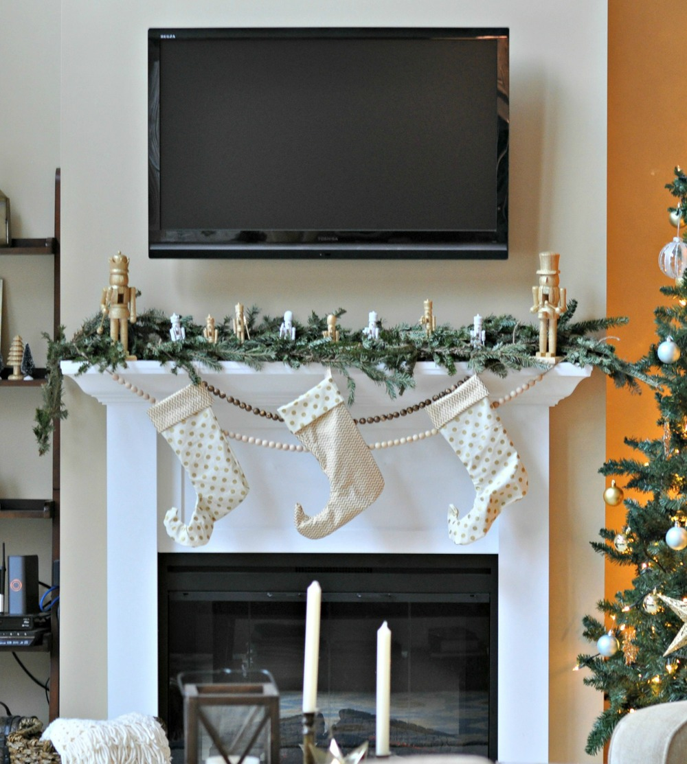 Holiday Mantel 2013 Nutcrackers and Gold.jpg