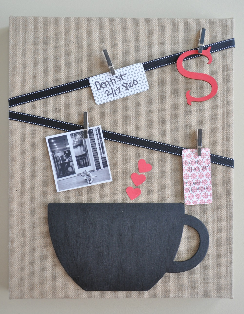 DIY Burlap Memo Board | Decor and the Dog