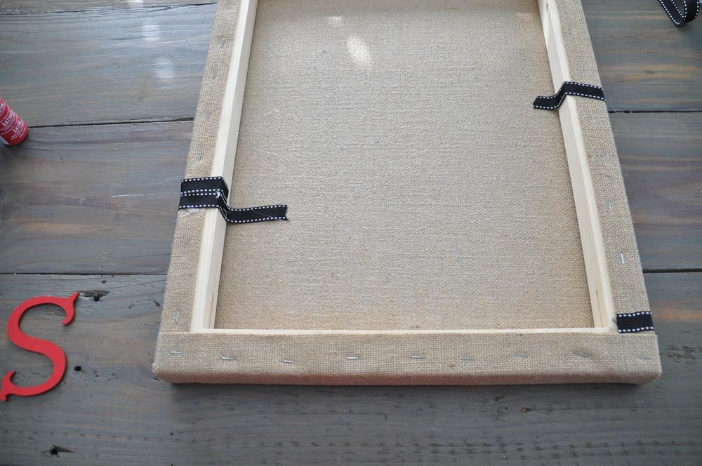 DIY Burlap Memo Board | Decor and the Dog