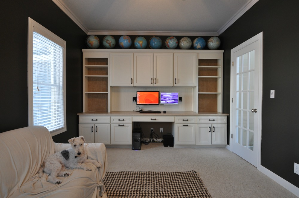 Sherwin Williams Thunder Gray | Decor and the Dog