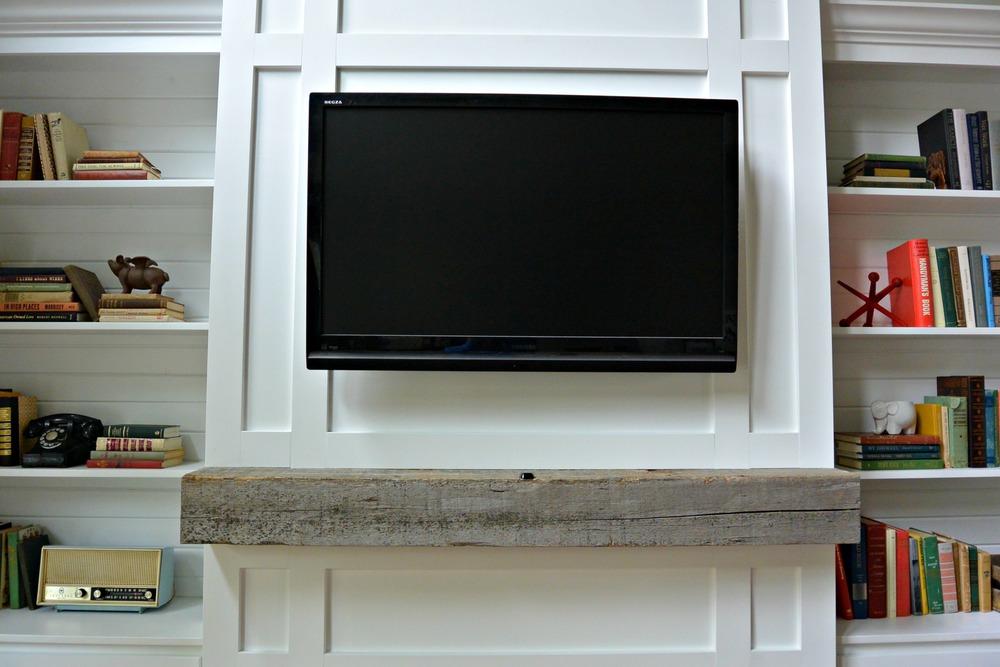 http://decorandthedog.net/decorandthedog/2014/10/12/living-built-ins-tutorial-cost-breakdown