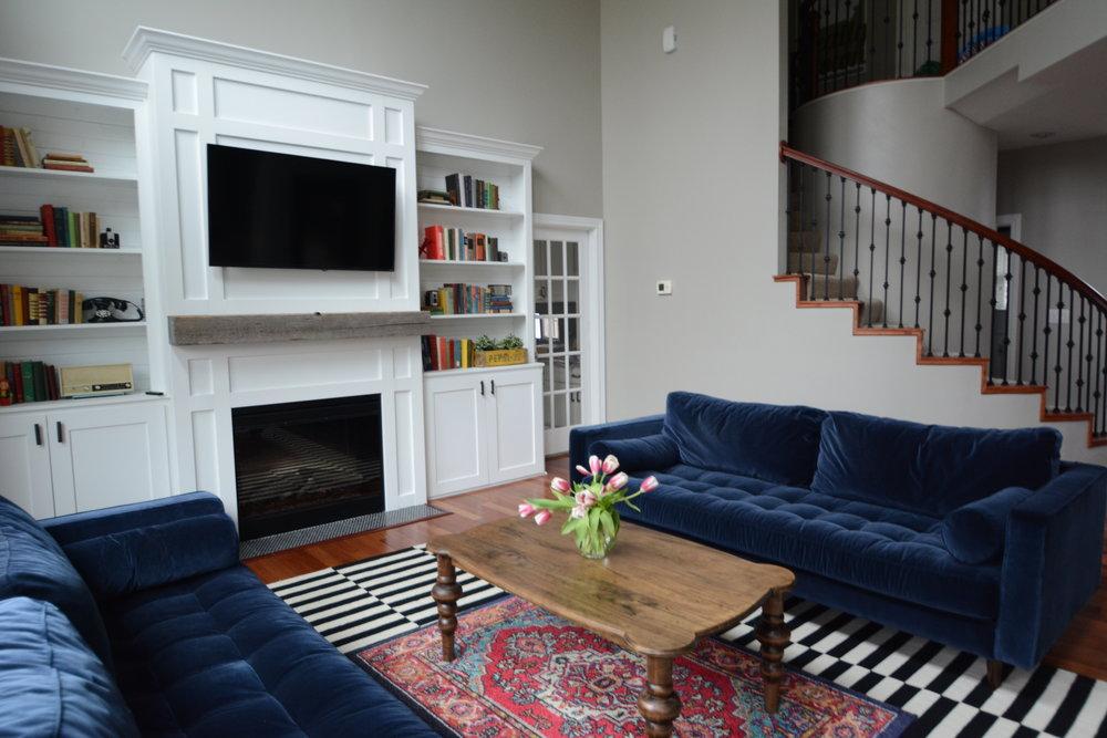 Living Room 2017-20.JPG