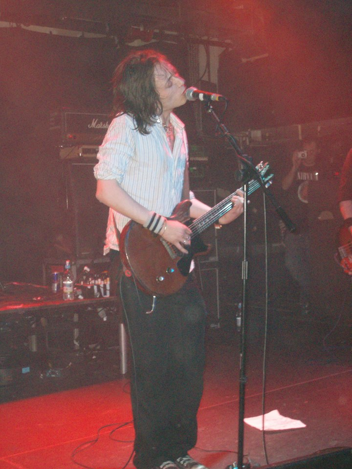 Mark Keds on stage at the Islington Academy - March 2007 (Credit - Pete Cole)