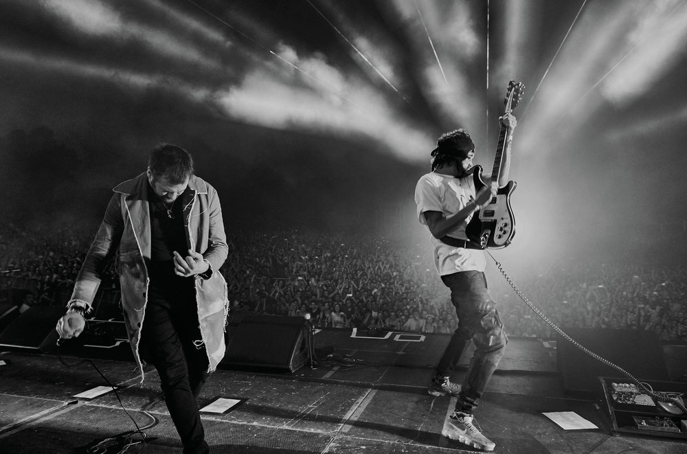 Kasabian Live - Neil Bedford low.jpg