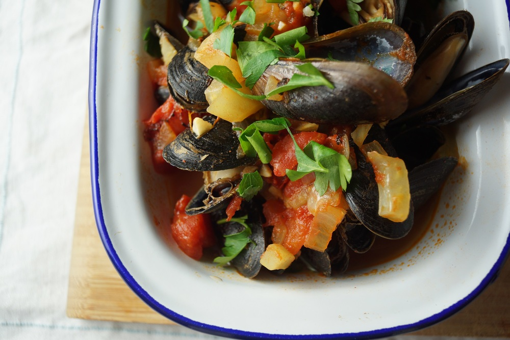 Dec 9 12.9.14 Steamed Mussels with Fennel, Tomato, and Saffron Broth