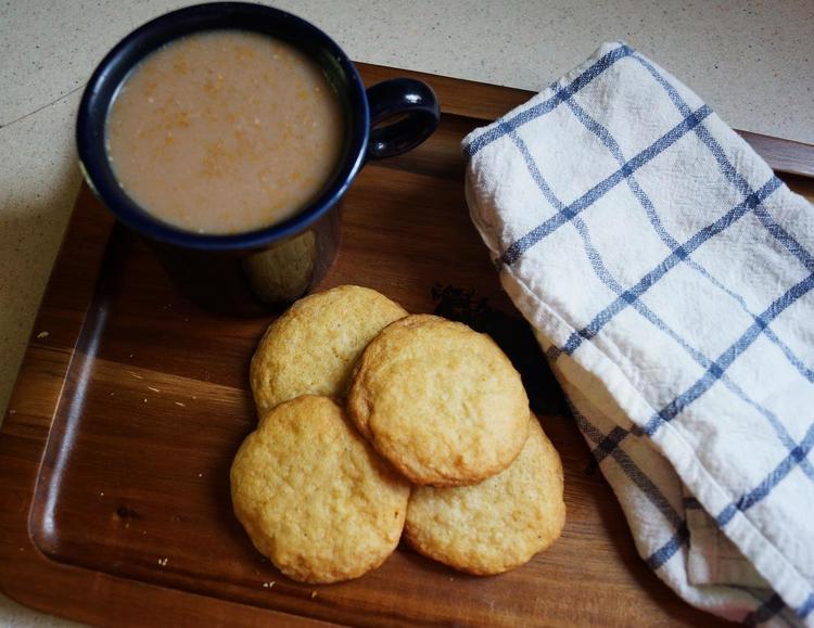 Honey Cardamon Ginger Cookies