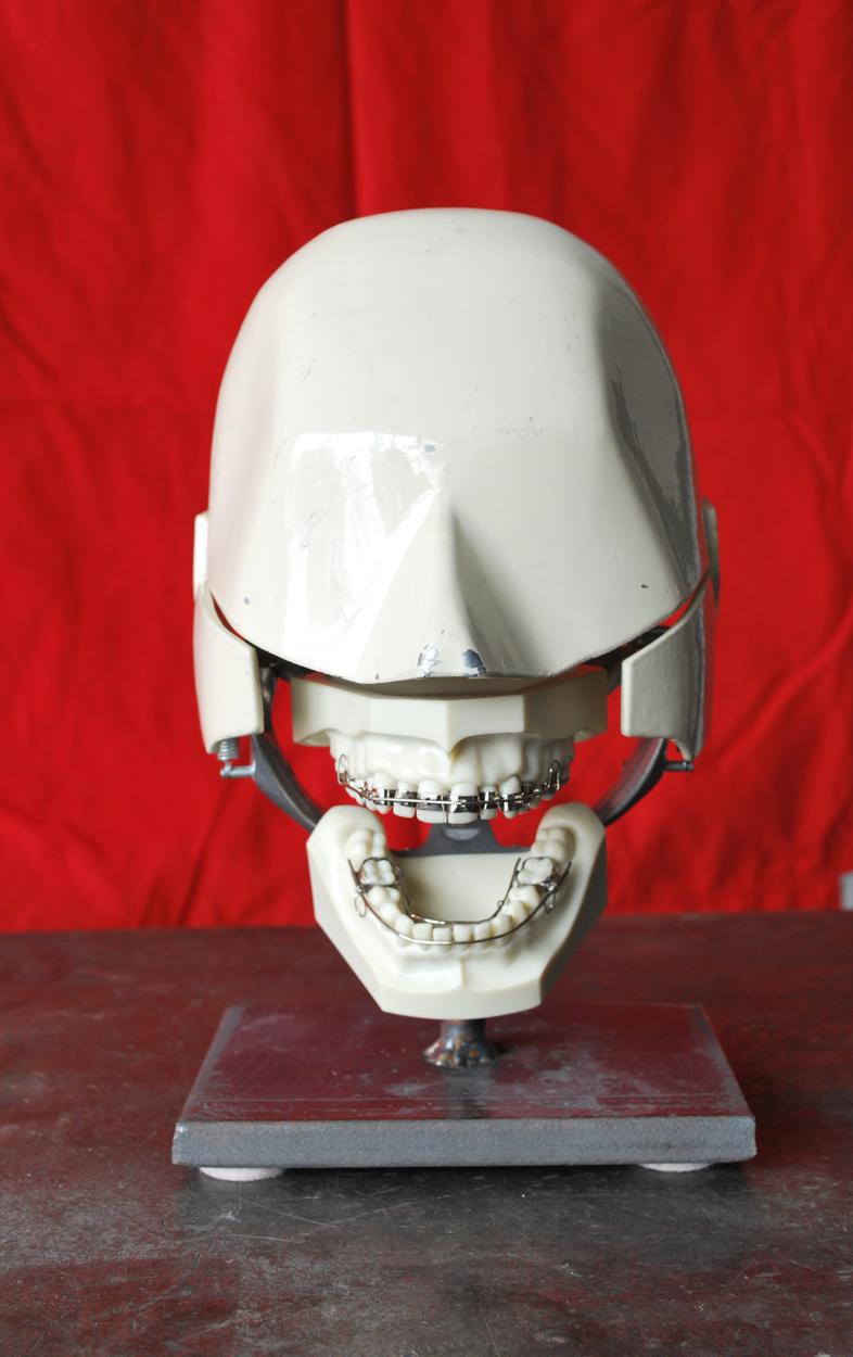 aluminumdentalphantom_agentgallery01.jpg