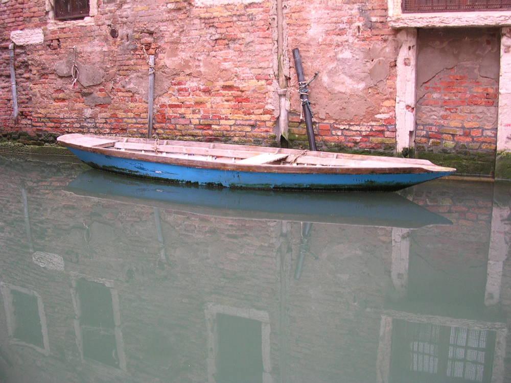 Boat Venezia Italy.JPG