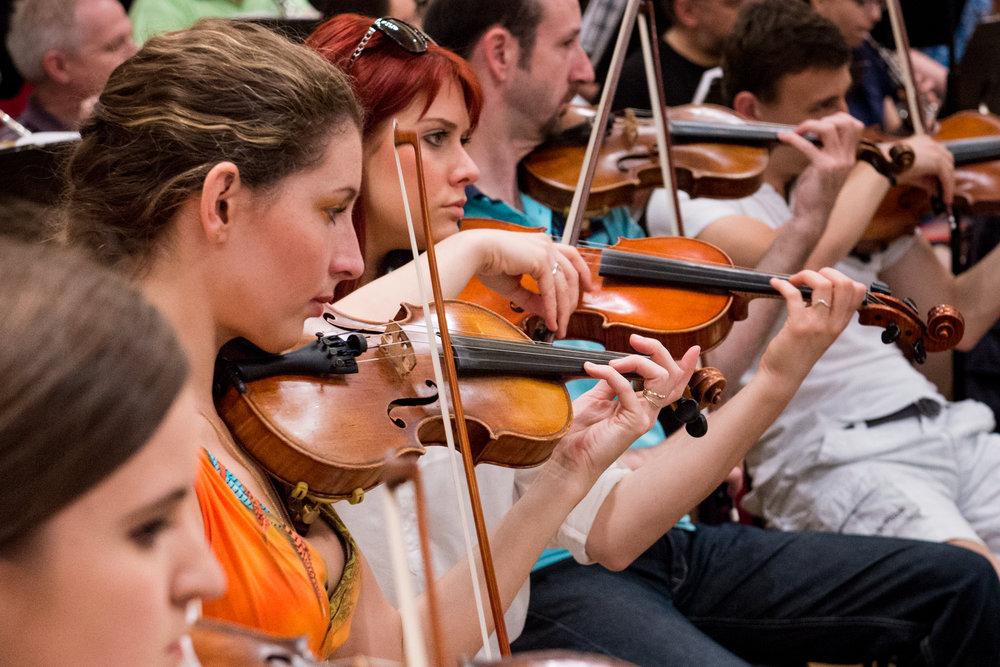 Violinists | Brno Philharmonic Orchestra