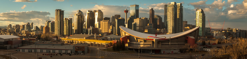 Downtown Calgary and the Saddledome