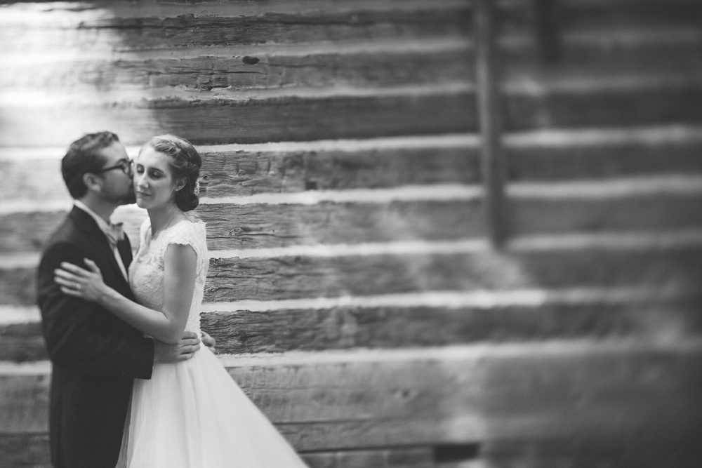 Nashville_Wedding_31PhotographersNashville_Wedding_Photographers_1.jpg