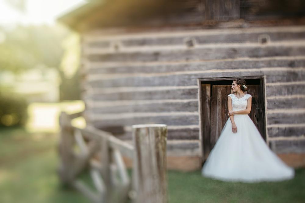 Nashville_Wedding_38PhotographersNashville_Wedding_Photographers_1.jpg