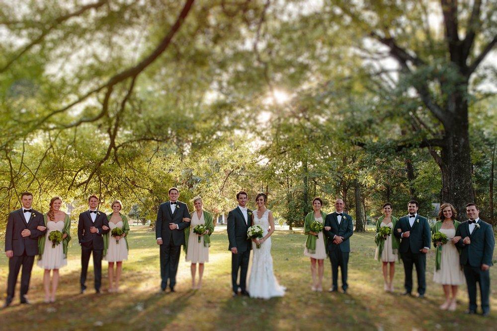Creative_Wedding_Party_Photos.jpg