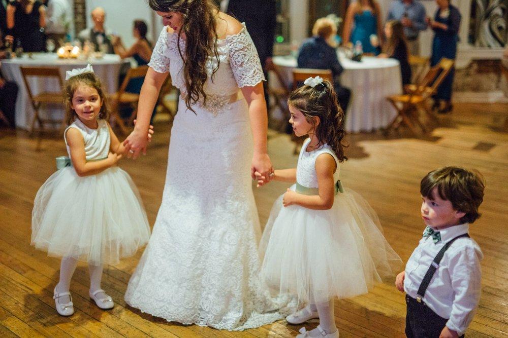Best_Nashville_Wedding_Photographers_0066.jpg
