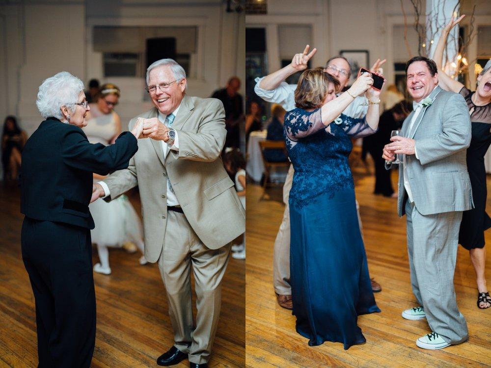 Best_Nashville_Wedding_Photographers_0070.jpg