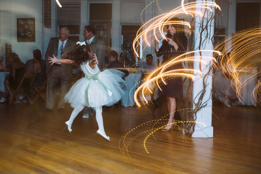Best_Nashville_Wedding_Photographers_0069.jpg