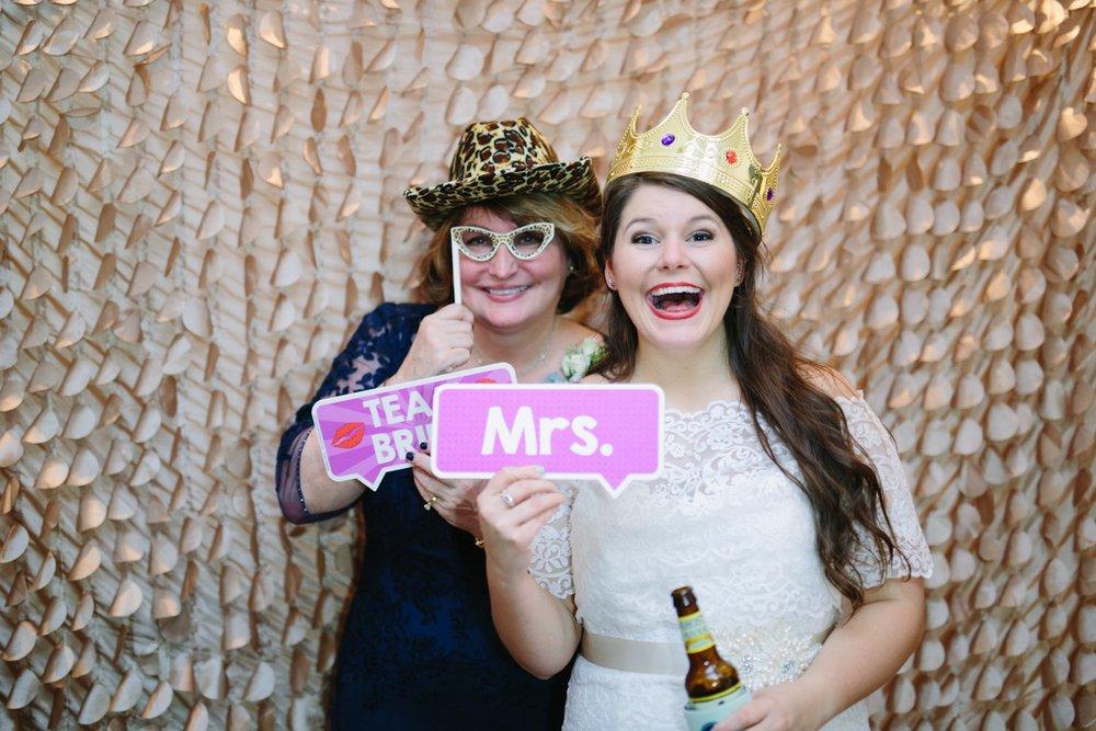 Best_Nashville_Wedding_Photographers_0072.jpg