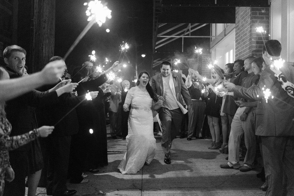 Best_Nashville_Wedding_Photographers_0092.jpg