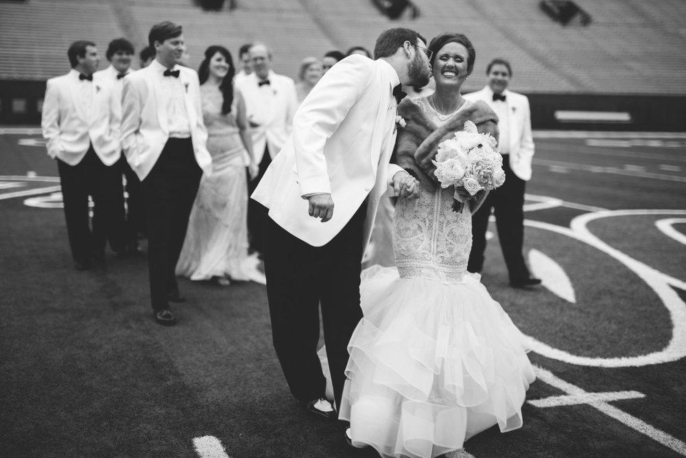 Creative_Nashville_Wedding_Photographers-24.jpg