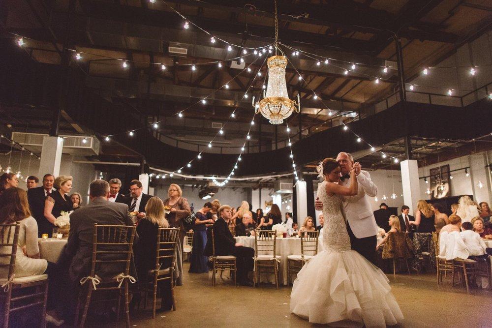 Creative_Nashville_Wedding_Photographers-35.jpg